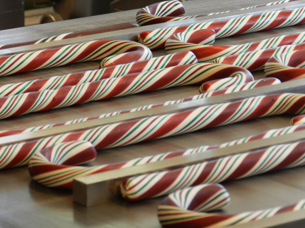Get Your Disneyland Candy Canes Beginning Nov 23