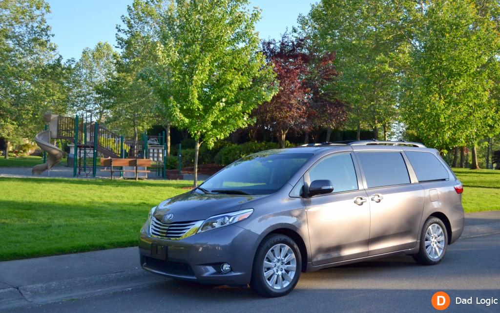 Exploring Seattle in the 2015 Toyota Sienna