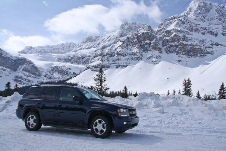 Chevrolet Trailblazer in the snow