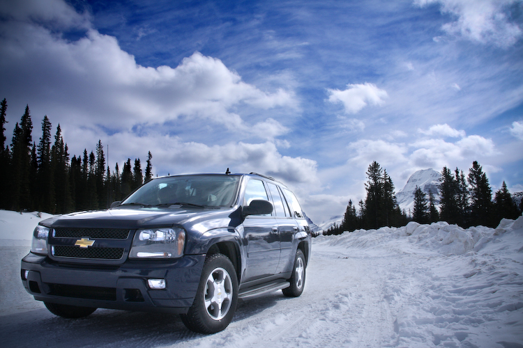 Chevy Trailblazer in the snow